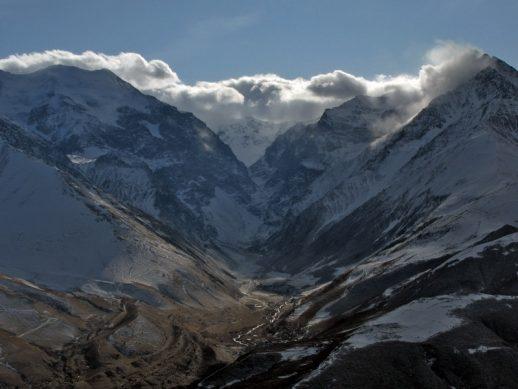Геофизики прогнозируют сход ледника Колка