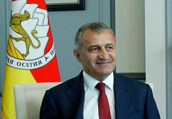 Непобедимые....Президент Республики Южная Осетия отвечает на вопросы «Завтра»