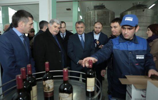 Анатолий Бибилов: основные вехи четырех лет президентства